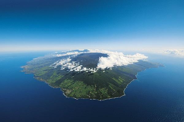 Croquis de synthèse sur la Réunion, un milieu ultra marin valorisé et ménagé ?